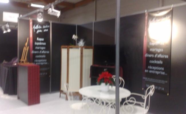 Installation g n rale ou standing pour votre salon stands et d coration par azur animation for Stand evenementiel salon