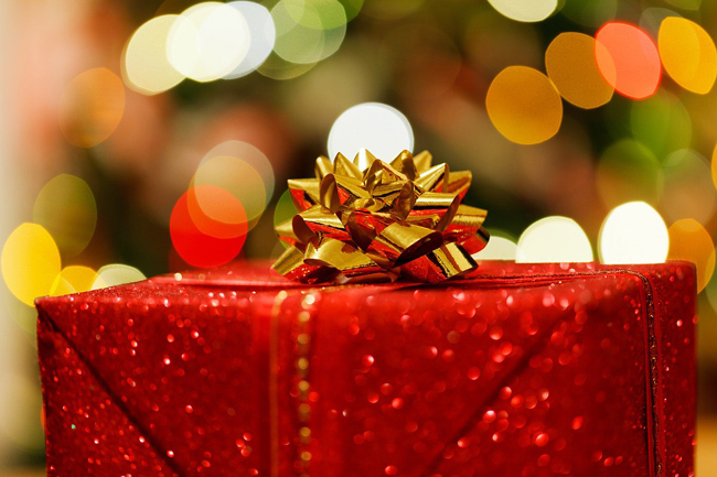 Devis de jouets et cadeaux pour l'Arbre de Noël des enfants