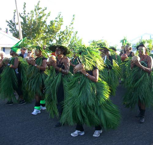 Animation d'anniversaire folklore Antillais : danseurs et musiciens Antillais