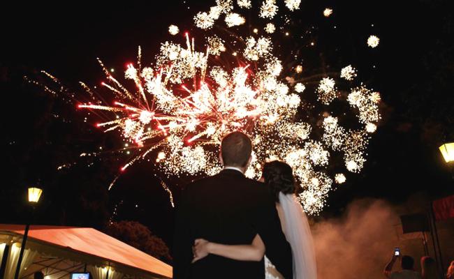Organiser et tirer un feu d'artifice pour son mariage