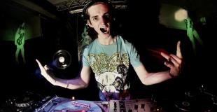 Organiser un blind test live, une soirée dansante avec DJ