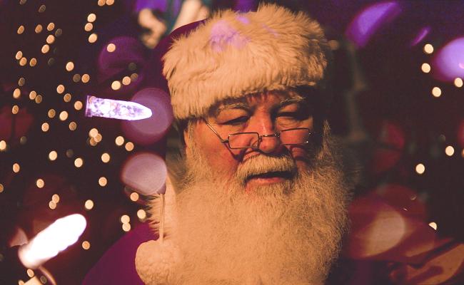 Organiser un arbre de Noël clé en main : salle, animation et traiteur