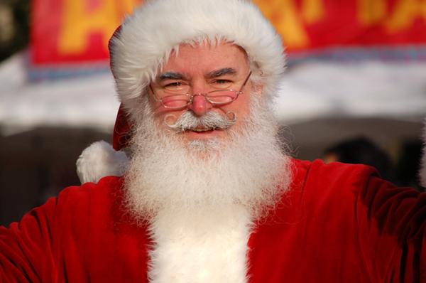 Stand photo avec le père Noël et photographe professionnel en centre commercial