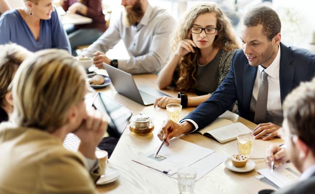 Organiser une journée d'étude ou un colloque via une agence